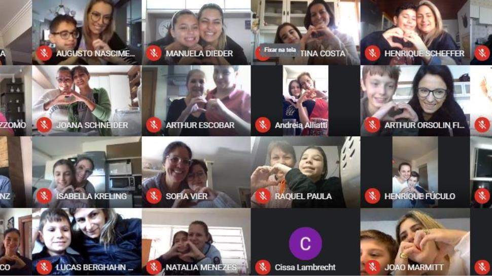 Estudantes da Unidade Oswaldo Cruz realizam homenagens alusivas ao Dia das Mães