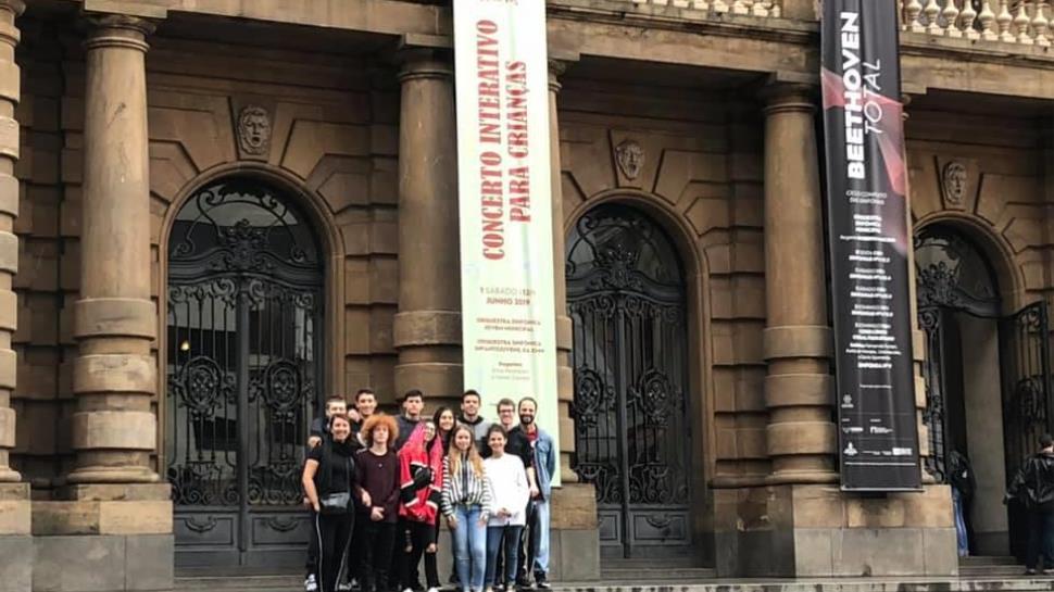Grupo de Teatro do Ensino Médio estuda a vida de Mazzaropi em São Paulo