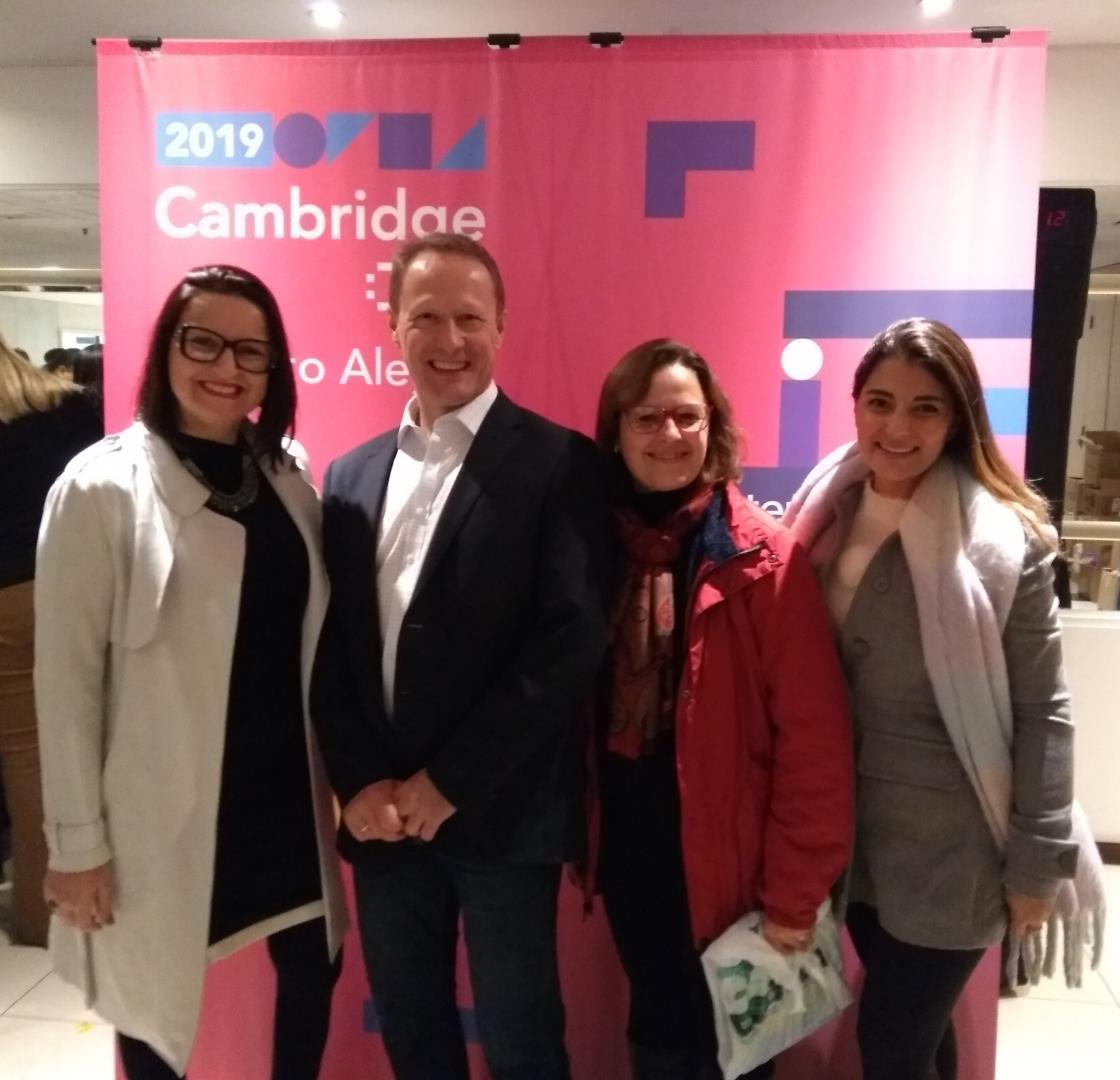 Professoras da IENH participam de Cambridge Day em Porto Alegre