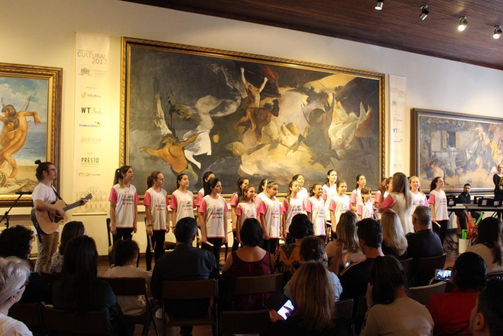 Recital de homenagens na comemoração dos 10 anos do Programa Cultural Arte em Movimento