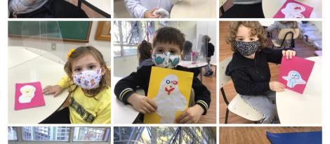 Alunos da Educação Infantil confeccionam cartões de ajudante da semana