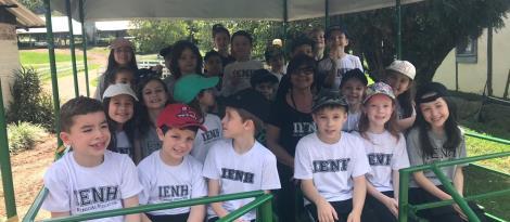Alunos da IENH visitam escola em Nova Petrópolis e conhecem o Projeto Ecoviv
