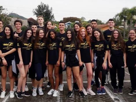 Atletismo da IENH conquista 17 medalhas na ONASE