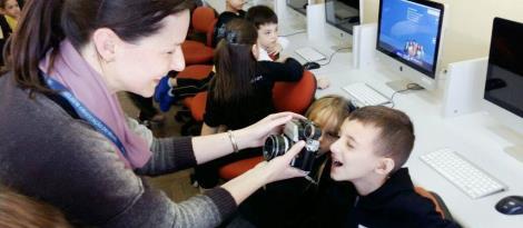 Aula em Estúdio Fotográfico proporciona descobertas para o 1° ano A