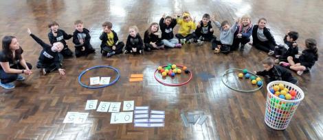 Colaboratividade é desenvolvida por meio de atividade matemática