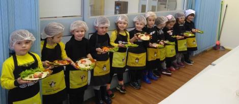 Cooking Class promove alimentação saudável e autoconhecimento no Currículo Bilíngue