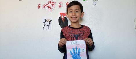 Crianças da Educação Infantil Bilíngue aprendem sobre a celebração 4th of July