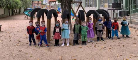 Crianças do Nível 3B da Unidade Pindorama se divertem em festa do pijama