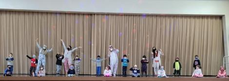 """Crianças do Nível 3C da Unidade Oswaldo Cruz se divertem no """"Pajamas Day"""""""
