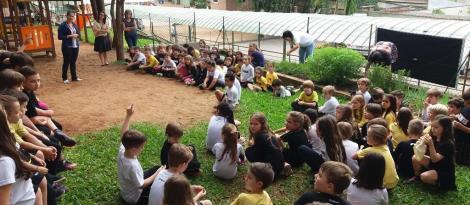 Dia de colher e compartilhar na Horta Escolar do Pindorama