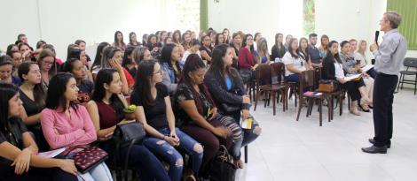 Encontro de formação das escolas parcerias da IENH acontece na Fundação Evangélica