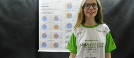 Estudante da IENH participa de feira de ciências em Pernambuco