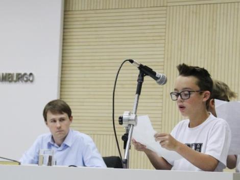 Estudantes apresentam proposta para proteção do Rio dos Sinos na Câmara de Vereadores