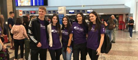 Estudantes bilíngues embarcam para intercâmbio na Nova Zelândia