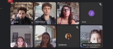 Estudantes da IENH participam de conversa sobre cinema