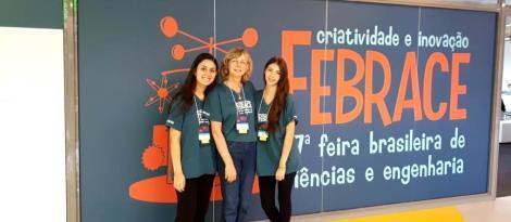 Experiência e inspiração: alunas da IENH apresentam projeto de pesquisa na FEBRACE