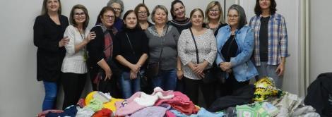 Grupo Ellos entrega roupas confeccionadas e customizadas para ABEFI