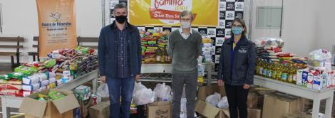 IENH arrecada mais de uma tonelada de alimentos no Drive Thru Solidário