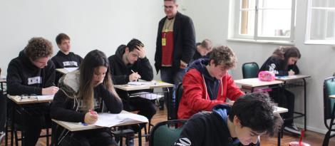 IENH é a primeira escola da região a ofertar o simulado do exame americano SAT para os estudantes