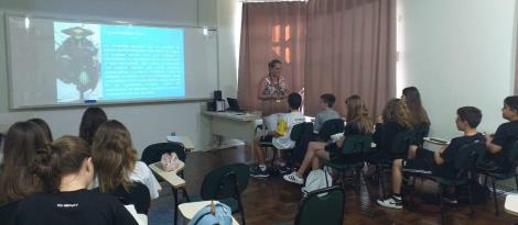 IENH realiza workshops de iniciação científica