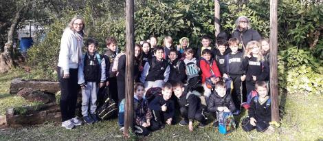 Monitores Ecológicos da Unidade Pindorama visitam Centro de Educação Ambiental Ernest Sarlet
