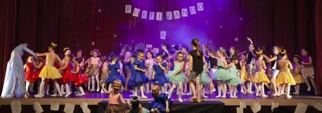 Mostra de Dança IENH reúne alunos e familiares na Fundação Evangélica