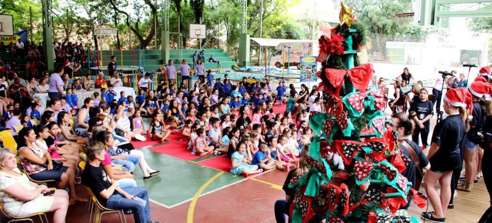 Natal Solidário reúne mais de 400 pessoas na IENH