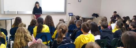 Palestra sobre alimentação saudável nos 3ºs anos