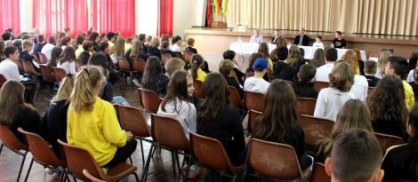 Unidade Oswaldo Cruz promove Painel Fair Play com atletas, alunos e professores