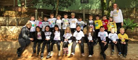 Vivência cultural na Língua Inglesa: alunos comemoram os 100 dias de aula